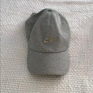 Nike Heritage 86 adjustable hat